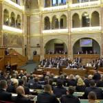 A Ház előtt a válasz a Sargentini-jelentésre